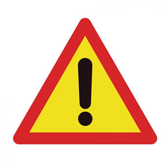 Señal tráfico triángulo 700mm peligro indefinido