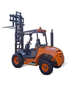 Carretilla elevadora de obra 2500 kg 4x4